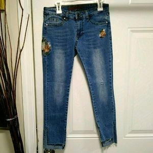 Joe's Jeans Mid Rise Embroidered Girls 10